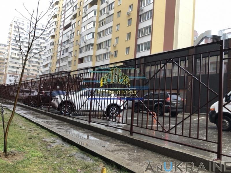 продажа офиса номер C-103857 в Киевском районе, фото номер 1
